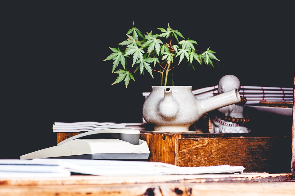 Bois table sombre · photo gratuite sur pixabay