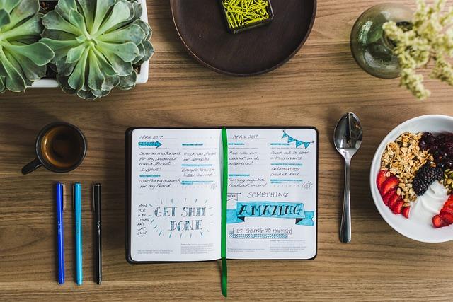 Ilustrasi pergi ke kafe Instagramable dan menulis bullet journal.