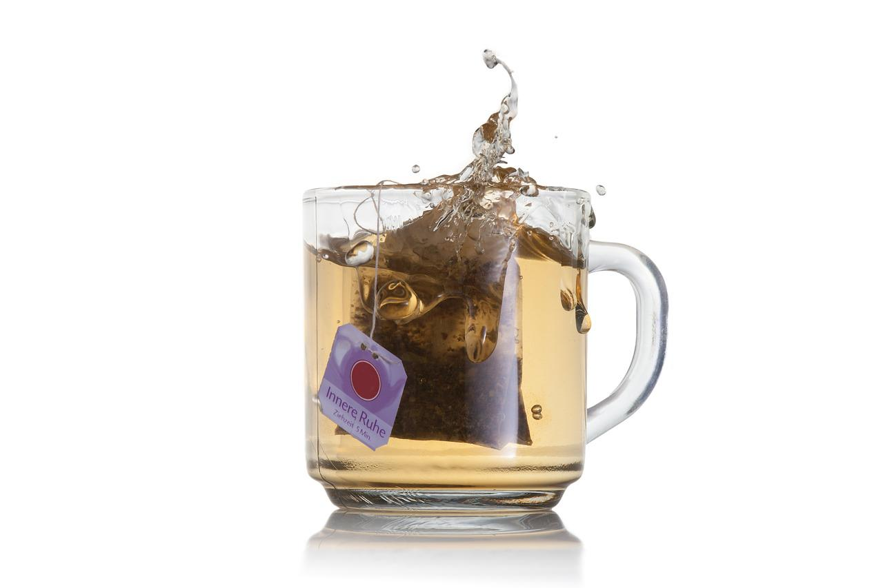 cleaning tips tea bags