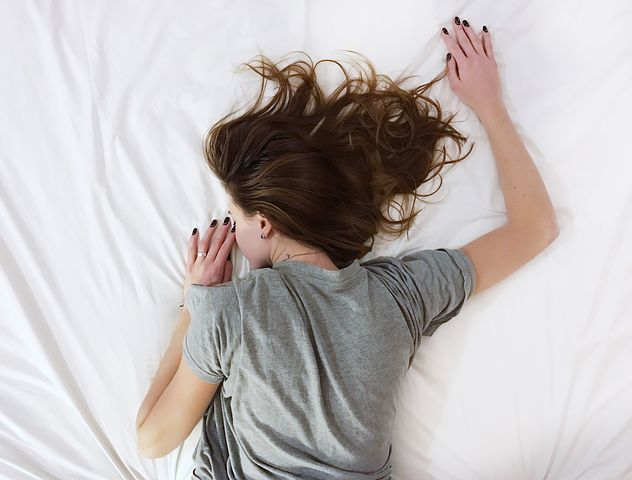 which side to sleep, best position for pregnancy,