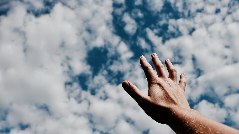 Manos, Los Dedos, El Brazo, Nublado, Azul, Cielo