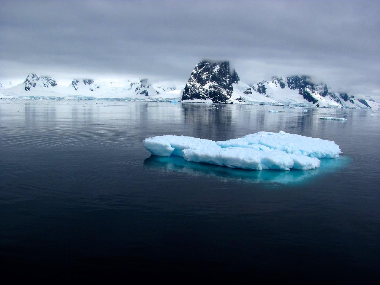 фольклор ледовитый океан под водой фото красиво