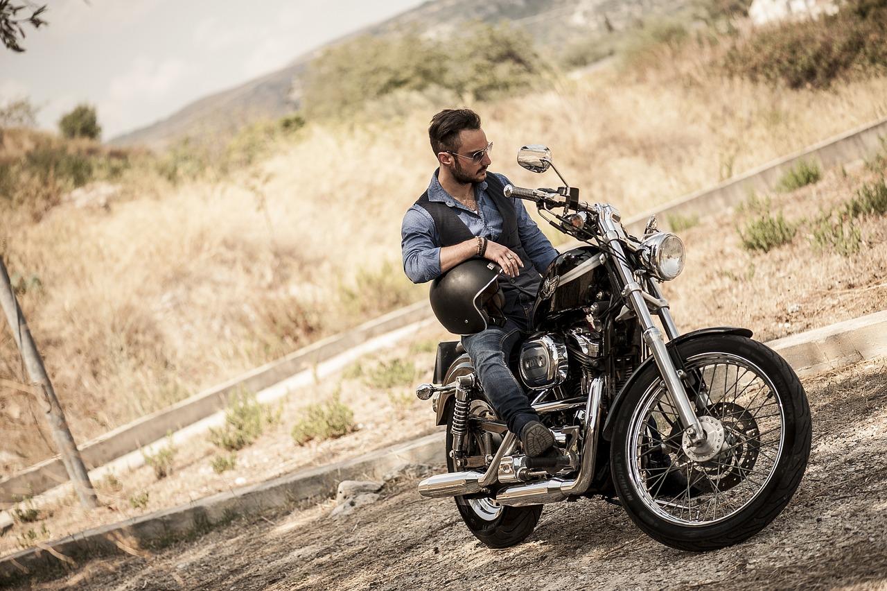 мужем байкер мотоцикл фотосессия непростой способ
