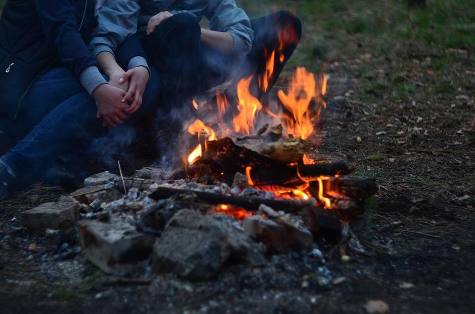 Koster, Firewood, Stones, Couple, Hands, Hugs, Heat