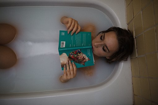 人, 女性, 女の子, お風呂, 浴槽, 読書, グレーの読み, お風呂