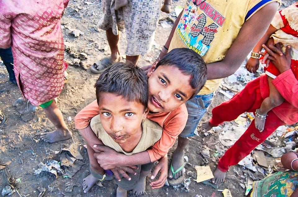 インド, 貧民街, 貧しい, 少年たち, 人, 貧困, 旅行, ヒンドゥー教, 市, 文化, 子ども