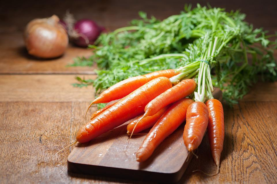 Onion, Carrots, Fresh, Crops, Vegetables, Table, Wood