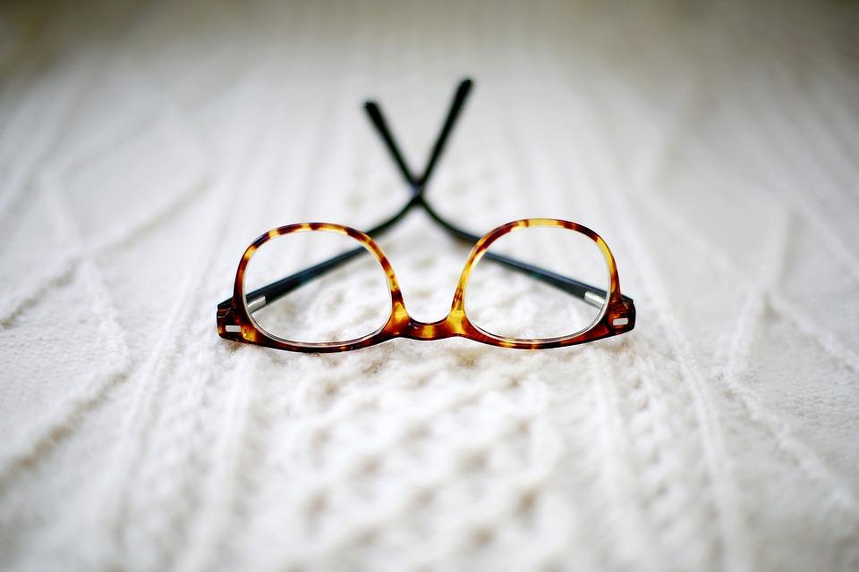 Очила, Рама, Размазване, Легло