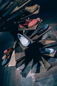 Cantik Contoh Desain Spanduk Toko Sepatu - Erlie Decor