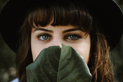 Maquillaje Profesional De Bella, Perfilado, Microblading en Cejas