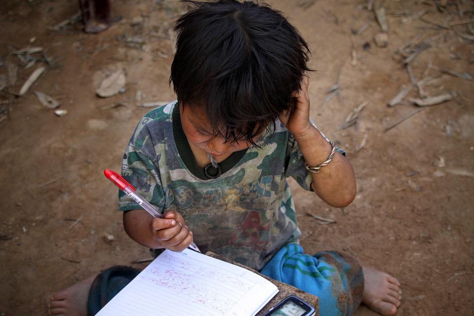 子ども, 少年, 子, ペン, ノートブック, 書き込み, 貧しい, 貧困
