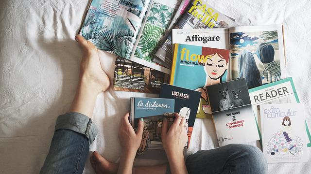 Reading, Books, Magazine, Study, Hands, Feet, Bed