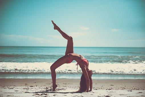 naken yoga modeller