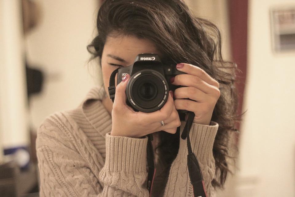 Cámara, Lente, Fotógrafo, Fotografía, Manos, Niña