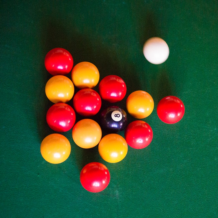 billard jaune rouge