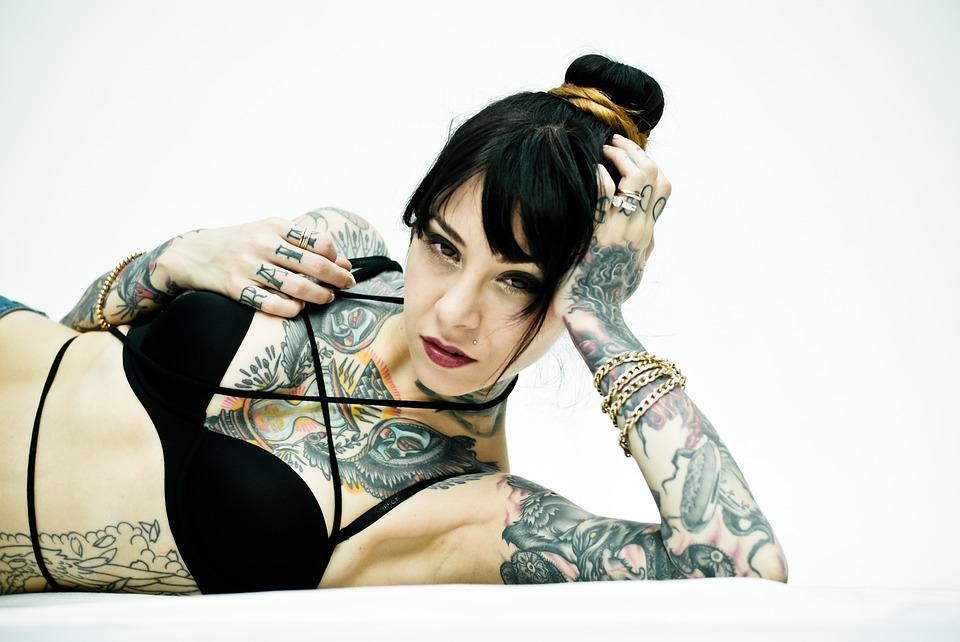 Sexy black women with tattoos