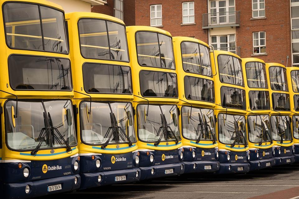 https://pixabay.com/photos/bus-dublin-ireland-public-transport-2616074/