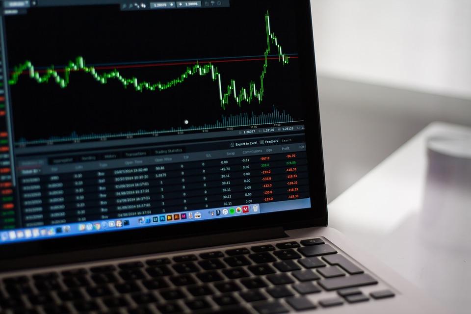 Börse, Diagramme, Finanzen, Geld, Aktien, Macbook