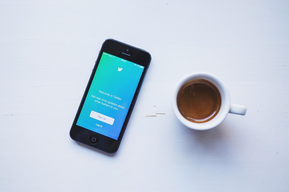 Twitter, 社会的なメディア, ビジネス, Iphone, モバイル, スマート フォン, エスプレッソ
