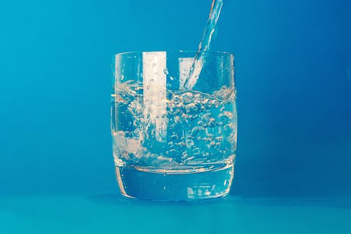 Glas, Wasser, Trinken