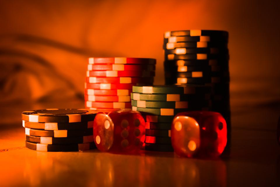 3 dice casino download