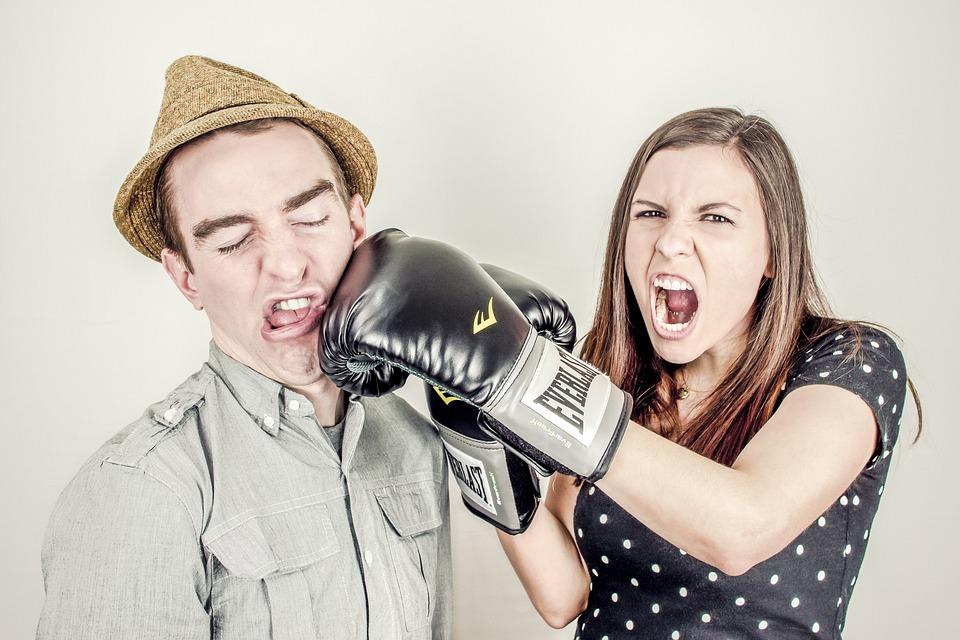 ボクシング、グローブ、ファイティング、パンチング、女の子、女性、男