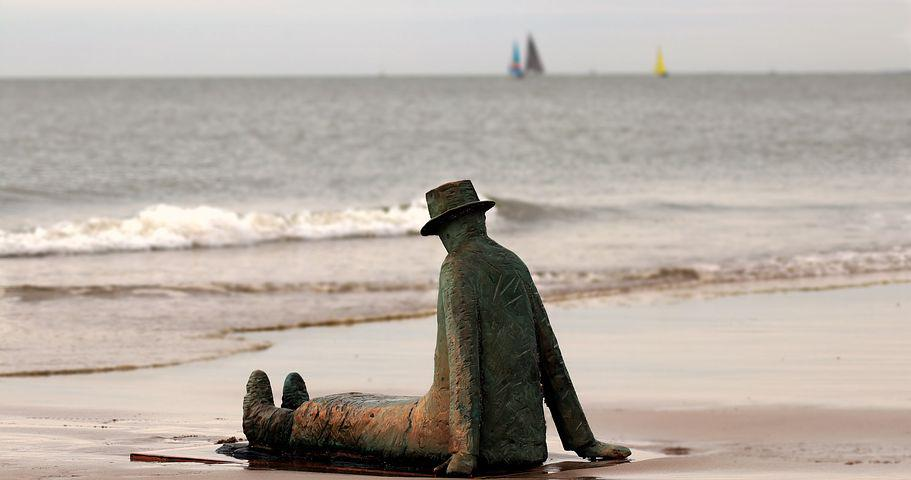 walt whitmans idea of the oversoul in on the beach at night alone On the beach at night alone by walt whitman describes the observations and thoughts of the narrator as they watch and think about the earth personification is used for the meaning of the poem, while repitition and asyndeton are used to set a tone.