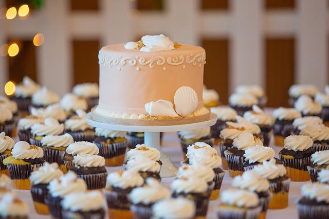 Wedding Cake Cupcake 183 Free Photo On Pixabay