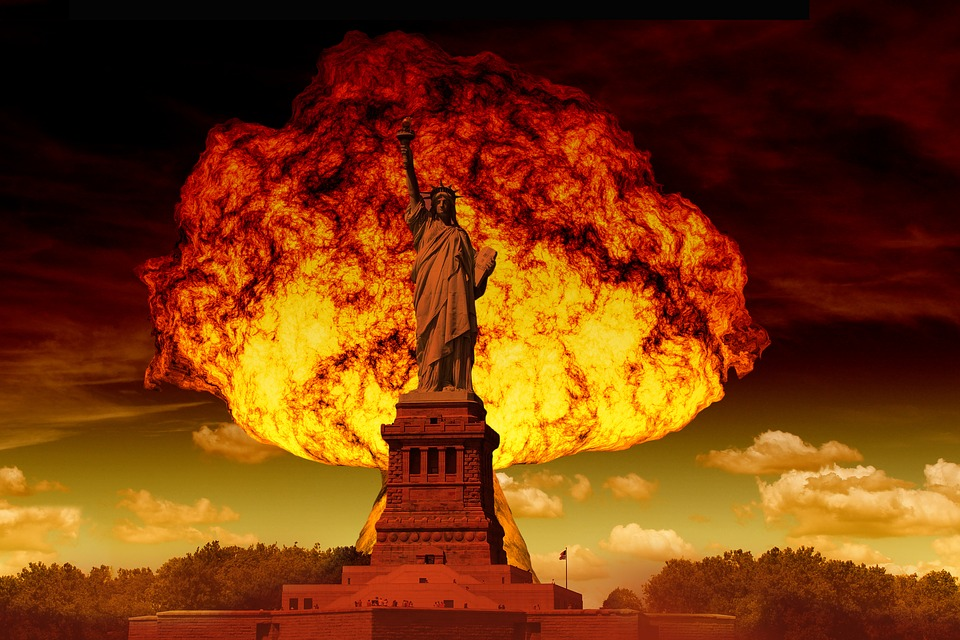 Statue Of Liberty, Mushroom Cloud, Atomic Bomb