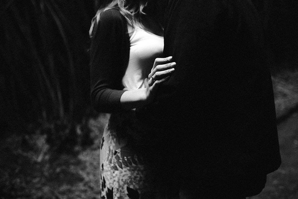 Мощные заговоры на любовь мужчины правила и примеры ритуалов