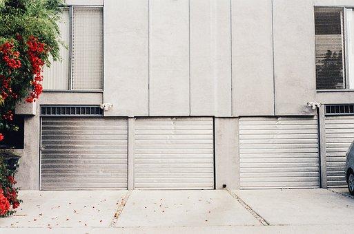 Garage Doors, Driveway, Flowers
