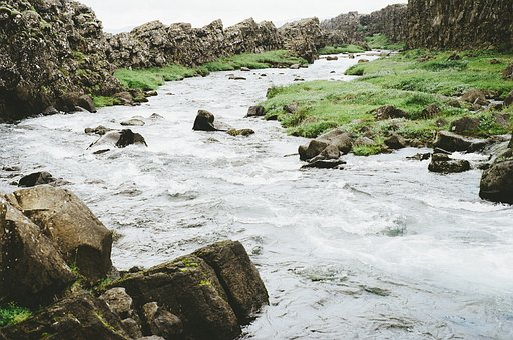 Rivière, Ruisseau, L'Eau, Roches, Blocs
