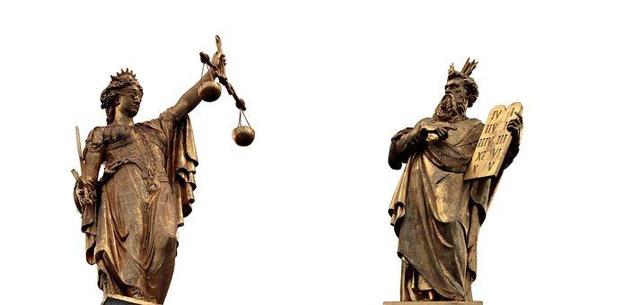 Justitia, Göttin