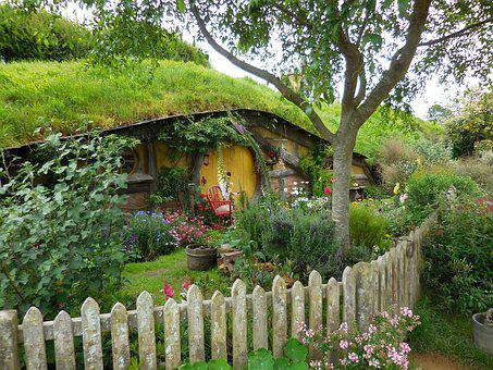 Hobbiton, Door, Fence, Movie Set