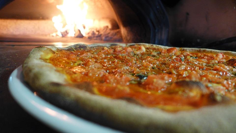 Pizza, Horno De Piedra, Fuego, Fuego De Leña, Pizzera