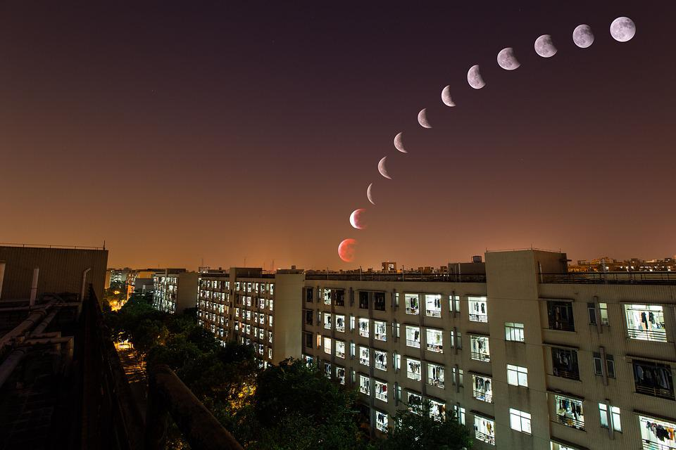 Lunar Eclipse, Campus, The Scenery