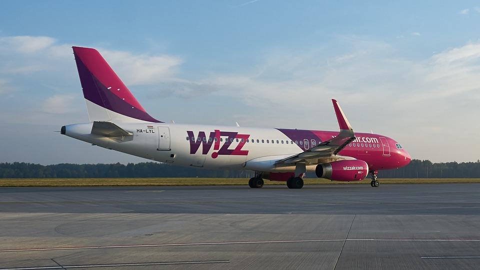 Wizz, Wizzair, Самолет, Еърбъс, Авиация, Летище