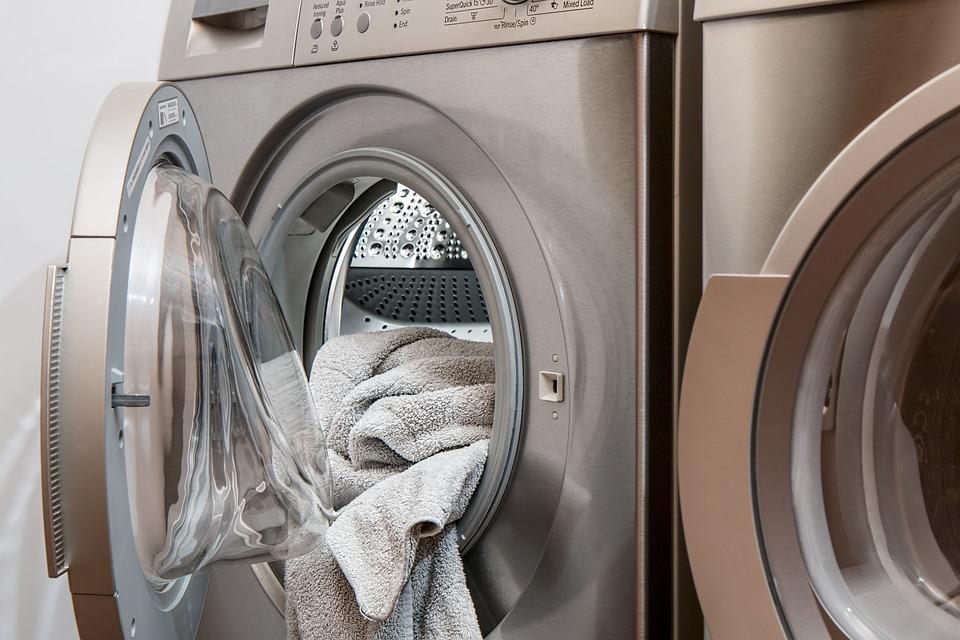 Ani automatická práčka sa nevyčistí sama, aký spôsob je najlepší?