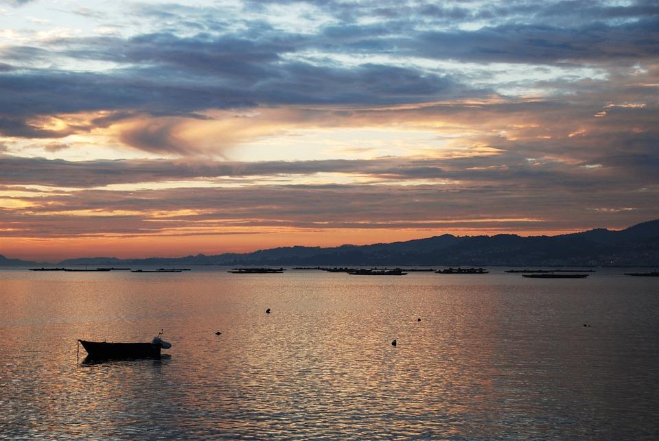 Galicia, Ria De Vigo, Vigo, España, Cielo