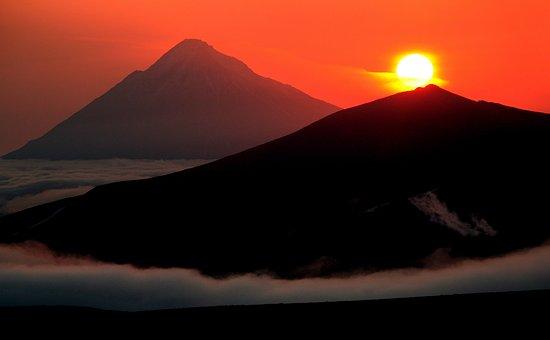 Volcan, Coucher De Soleil, Soirée