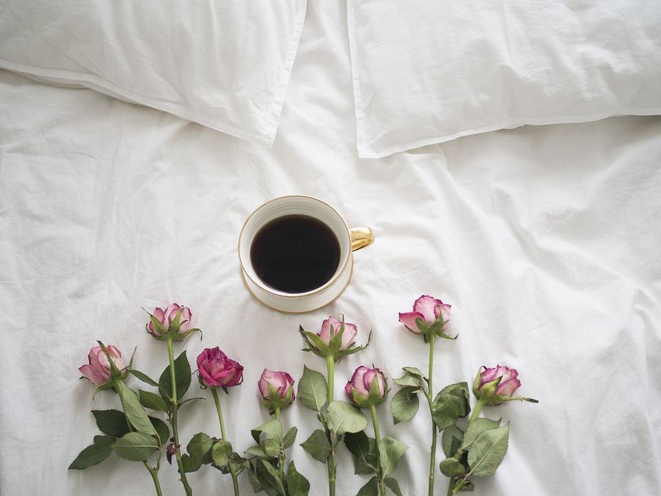 コーヒー, バラ, ベッド, 磁器, コーヒー 1 杯, カフェイン, 新鮮なコーヒー, 朝, 残り