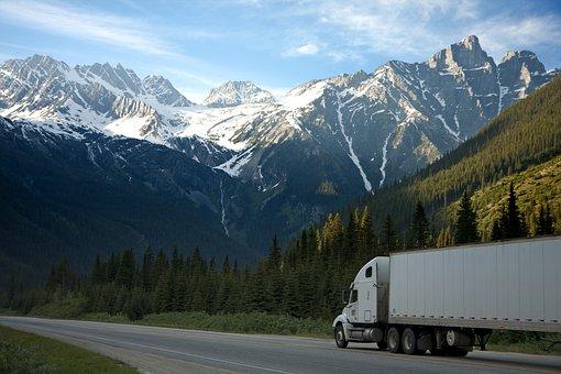 Camión, Transporte De Mercancías