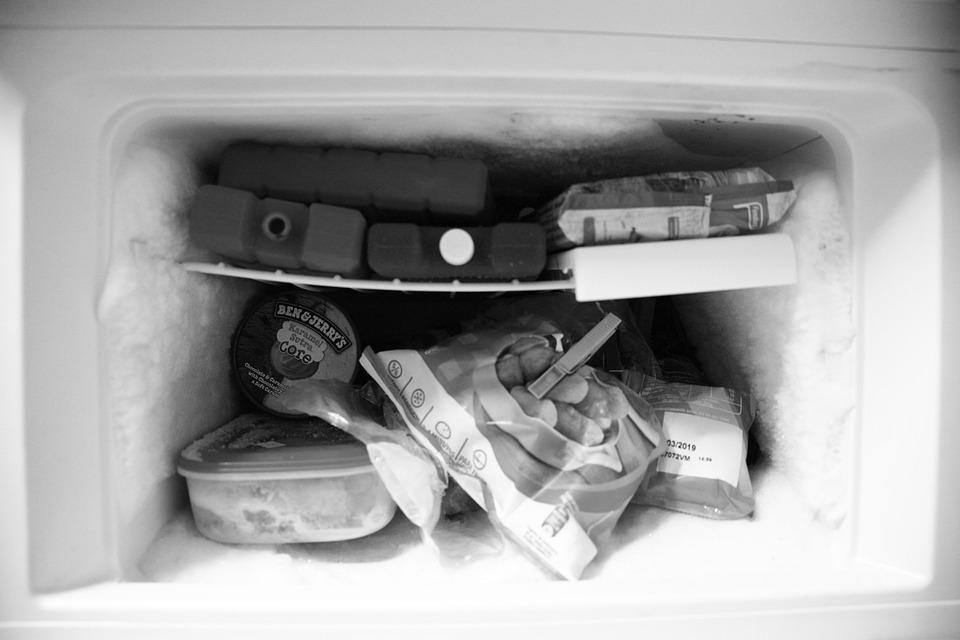 【徹底解説】冷蔵庫の冷却方式まとめ | 気になるメリット・デメリットは?のサムネイル画像