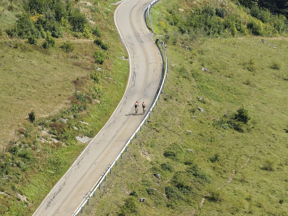 我国各地道路交通5日起将陆续迎来返程高峰
