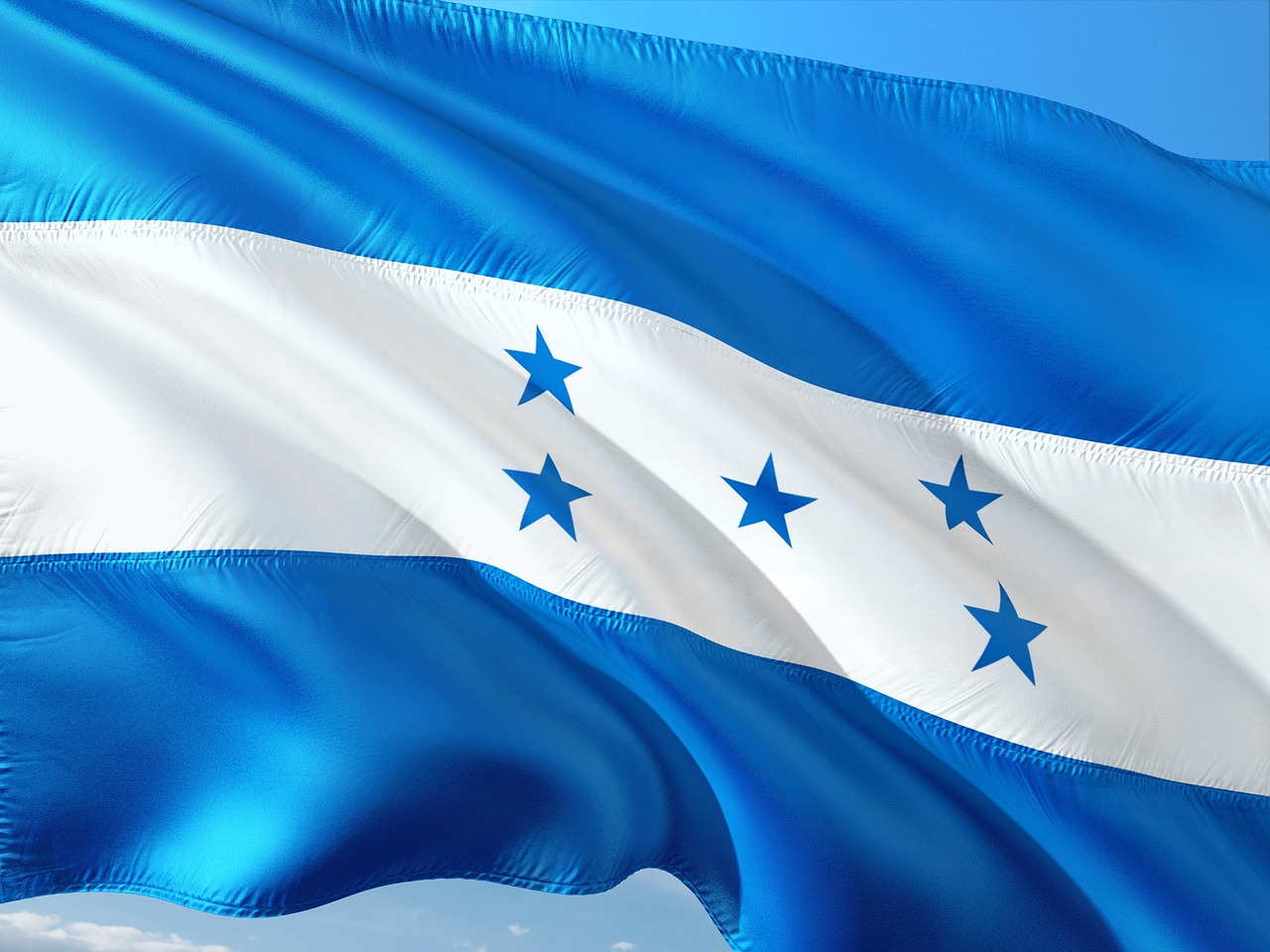 a look at the republic of honduras in central america Noun 1 a republic in central america achieved independence from spain in 1821 an early center of mayan culture (synonym) republic of honduras.