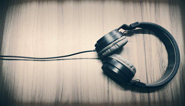 The claims of the binaural beats industry