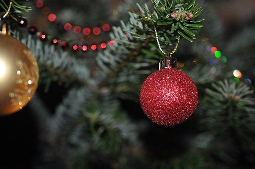 weihnachtsbaumschmuck kostenlose bilder auf pixabay. Black Bedroom Furniture Sets. Home Design Ideas
