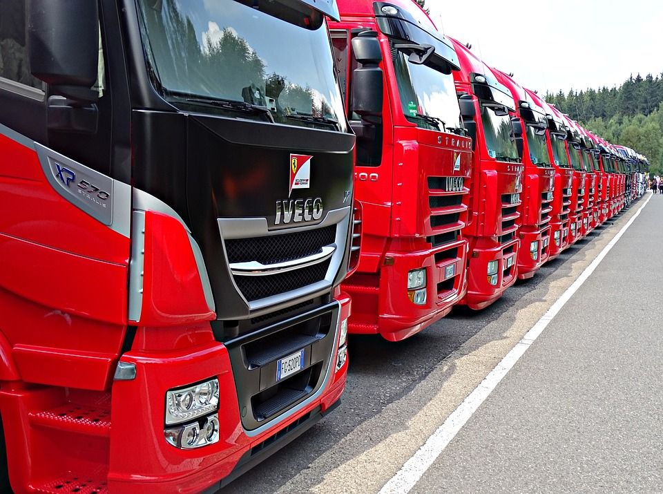 Formula 1, Truck, Red, Row