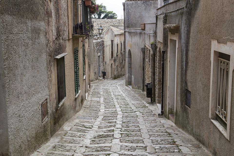 Erice, Città Vecchia, Via Stretta, Italia, Vecchio