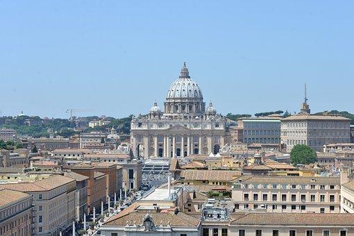 Basílica de San Pedro en Ciudad del Vaticano. Roma